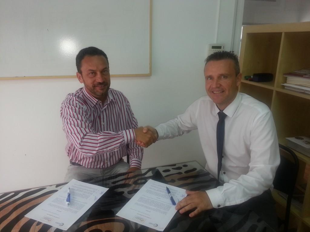 Luis Bravo de Laguna (Presidente de AEBAT) con Eric Espino (CEO de Central de Arbitraje)